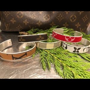 Handmade bracelets/designer handbags Louis Vuitton